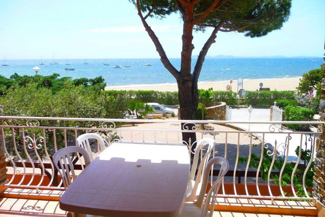 location T2 plage La Londe les Maures